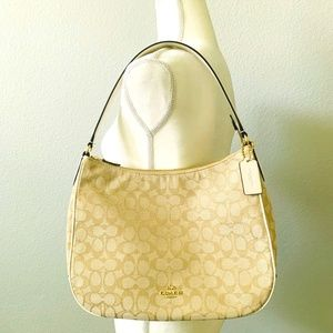 NWT Coach Zip Signature Shoulder Bag Handbag